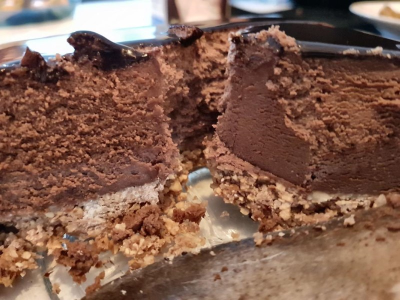 Popping candy cake