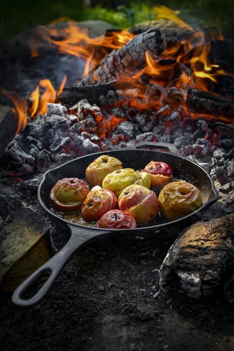 Fyldte æbler (bålmad)